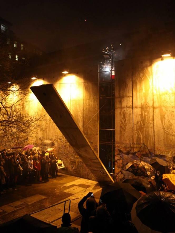 """Bethlehem Unwrapped"" WALL comes down – photos &videos"